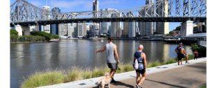 黄老师读新闻 | 通过7news的新闻来学习常用的单词 在昆士兰解禁的第一天 警察仍然开出几十张罚单